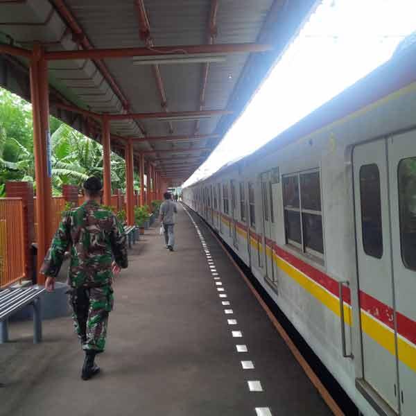 Bojong-Indah-Station-IMG_20160105_114356