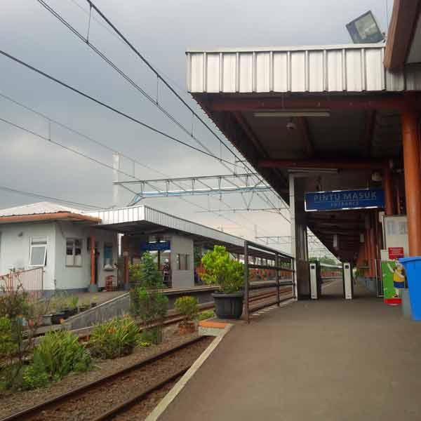 Bojong-Indah-Station-IMG_20160105_114704