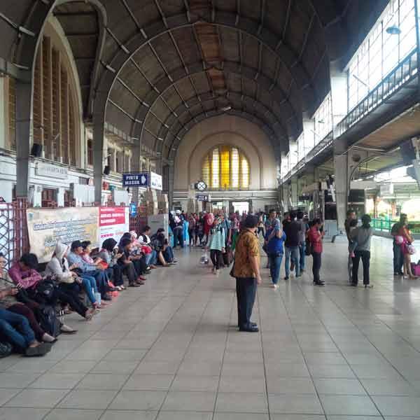 Jakarta-Kota-Station-IMG_20160129_115501