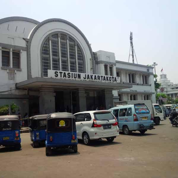 Jakarta-Kota-Station-IMG_20160129_115916