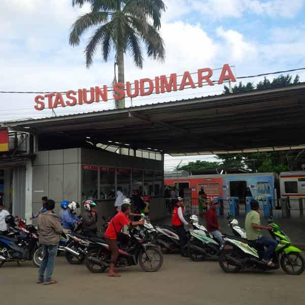 Sudimara-Station-IMG_20160203_145656