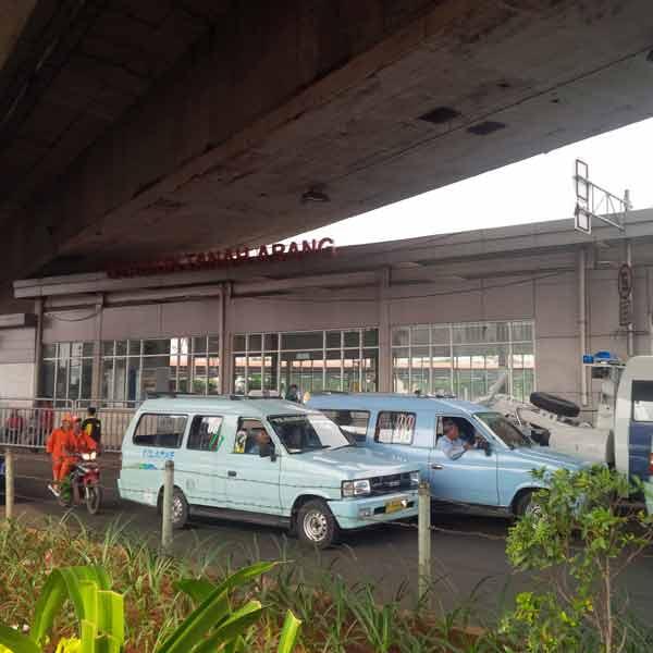 Tanah-Abang-Station-IMG_20160115_085810