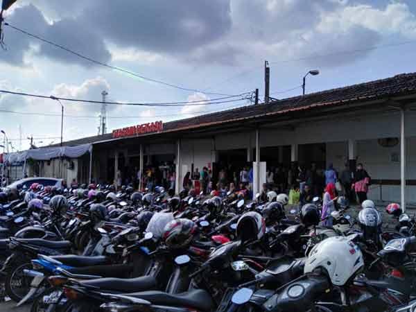 Bekasi_Station_IMG_20160704_144850