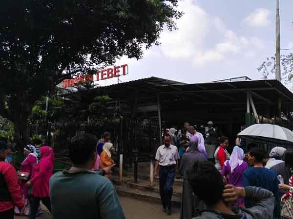 Tebet_Station_IMG_20160708_100728