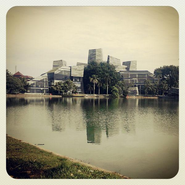 danau-kenanga-universitas-indonesia