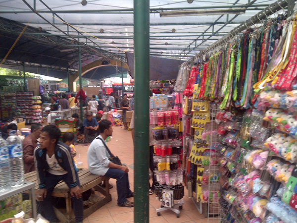 Asemka-Morning-Market