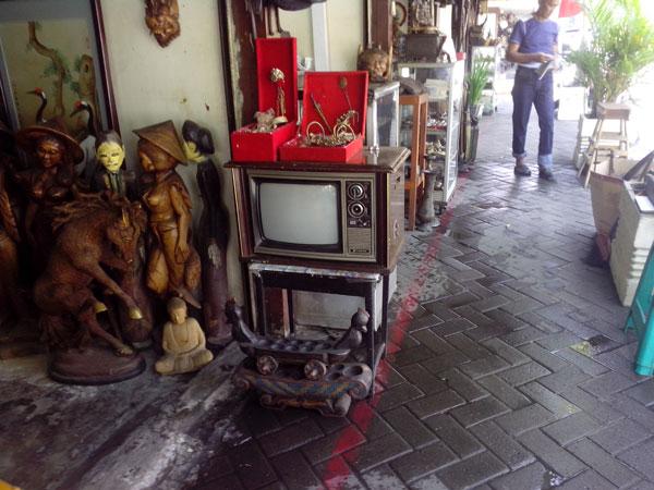 pasar-jalan-surabaya