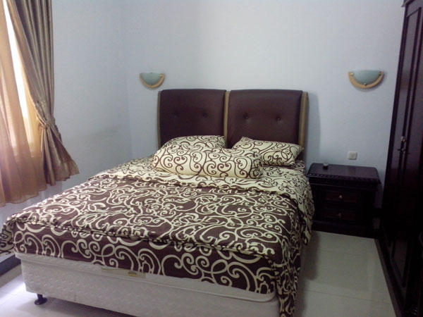 room-at-wisma-wira-anggini-1