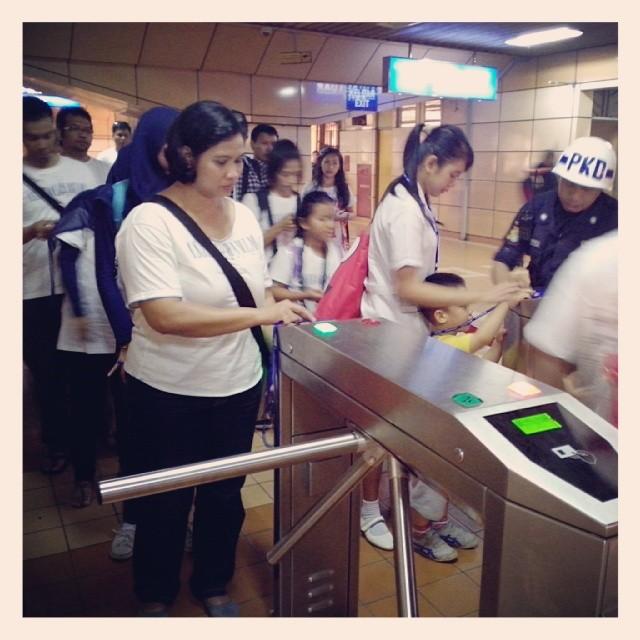 Tap In Stasiun Cikini AHP Tangerang Tour