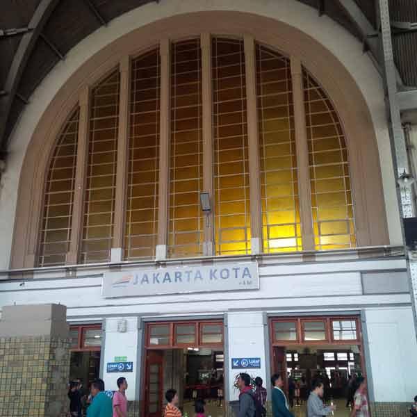 Jakarta-Kota-Station-IMG_20160129_120206