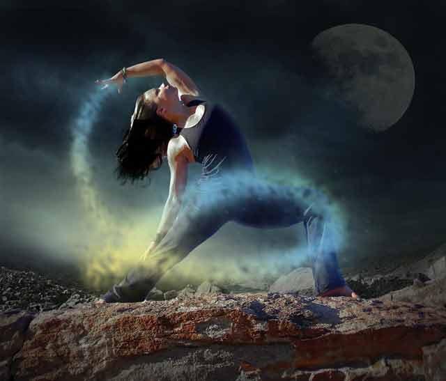 yoga-628111_640