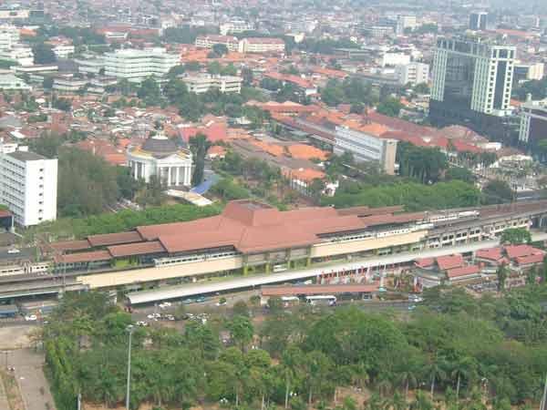 Gambir_railway_station_Jakarta