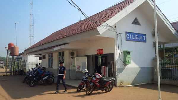 Cilejit-Station_IMG_20160604_091210