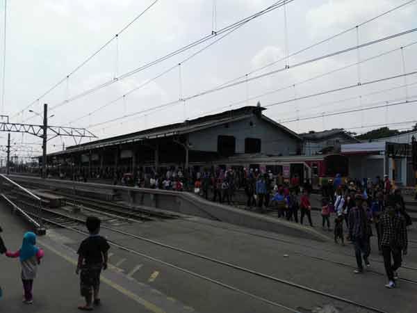 Bogor_Station_IMG_20160707_111416
